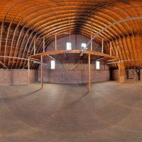 レンガ造りの腰折れ屋根
